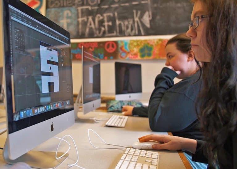 Study Communications at WPU