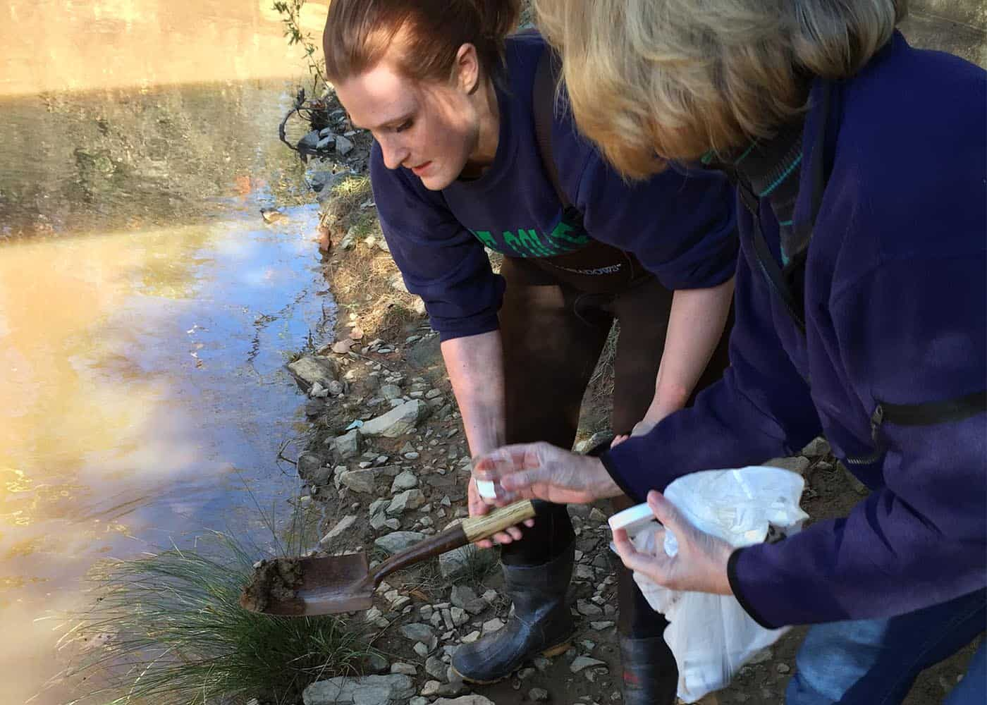 WPU students & professors research PCB levels in a local creek