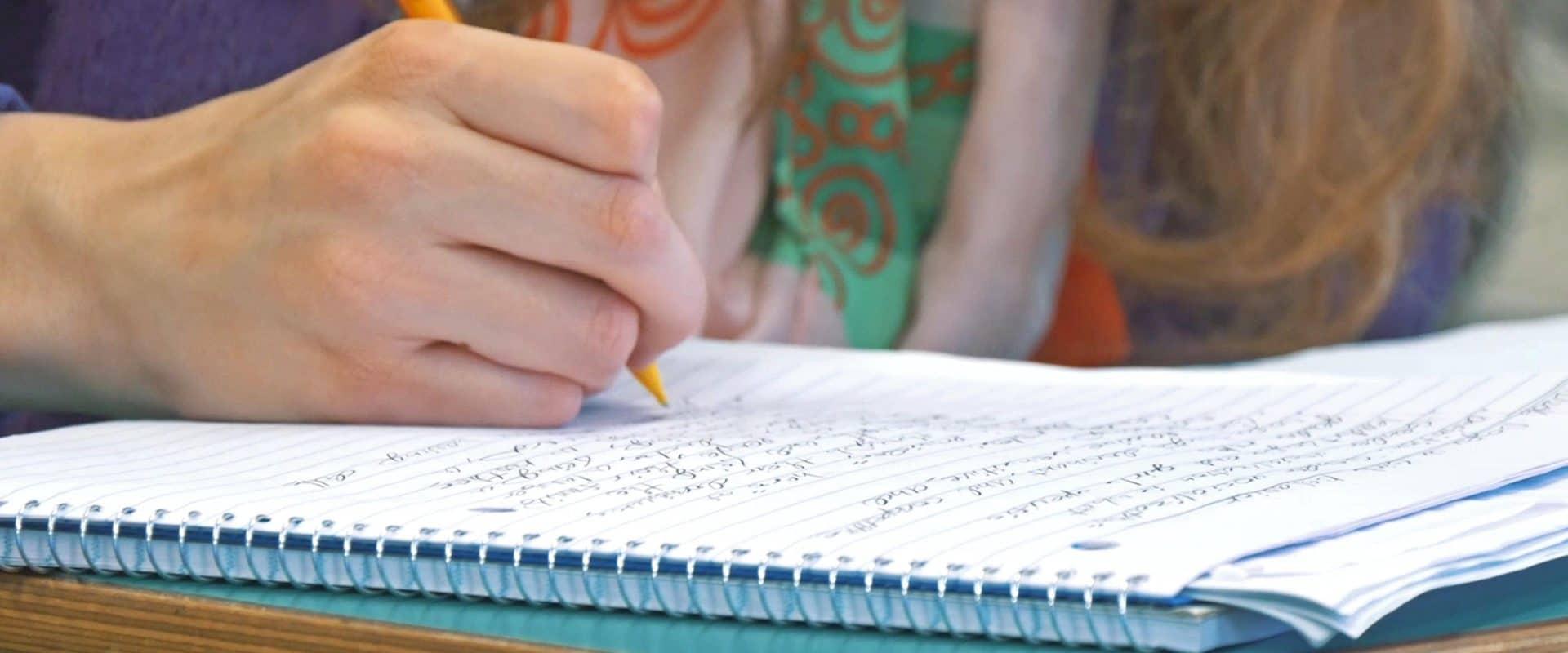 WPU students studying writing.