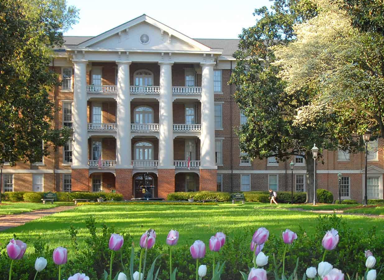 WPU Campus Building